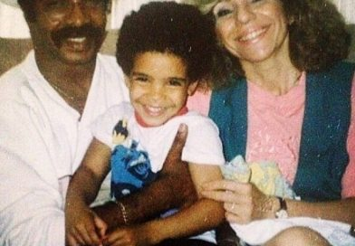 Who is Sandi Graham, Drake's mom?